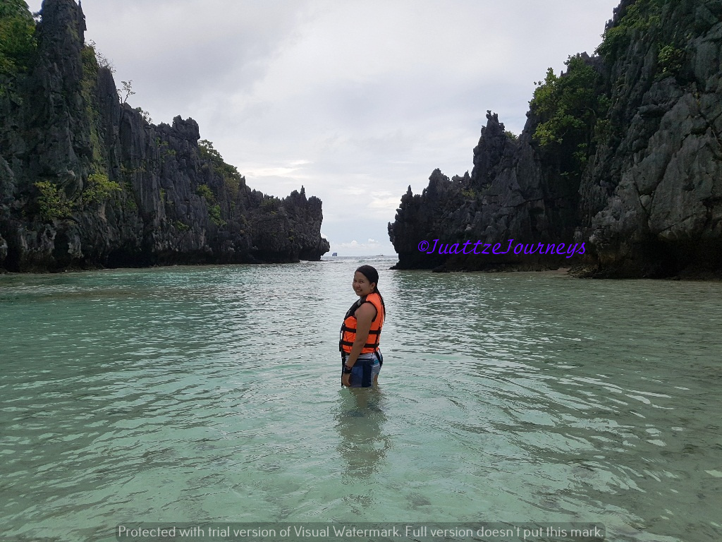 Island Hopping in Hidden Beach, Palawan