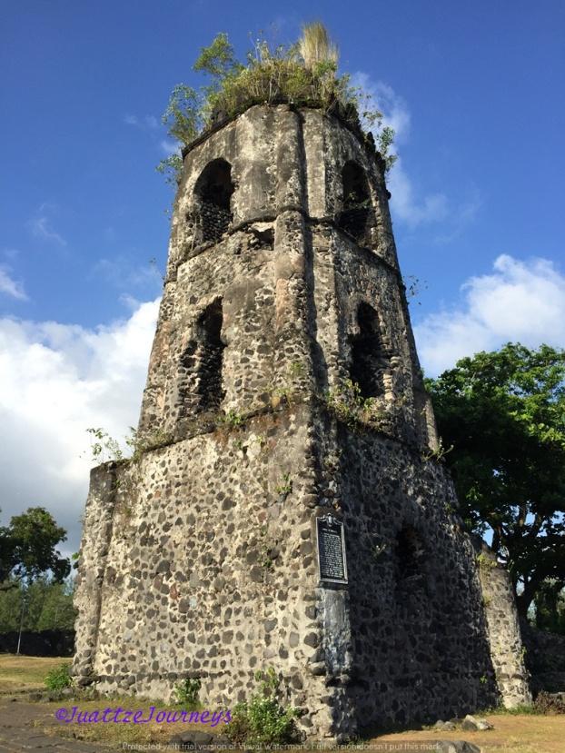 Cagsawa Ruins in Albay