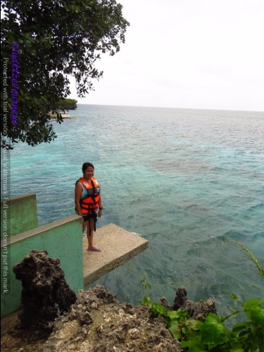 Cliff Jump at Salagdoong Beach in Siquijor