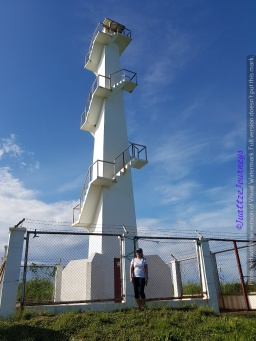 Dingalan Lighthouse in Aurora